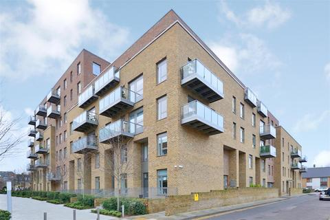 1 bedroom flat - Miles Road, Hornsey, N8
