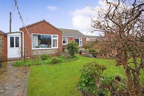3 bedroom detached bungalow for sale - Eccles-On-Sea, NR12