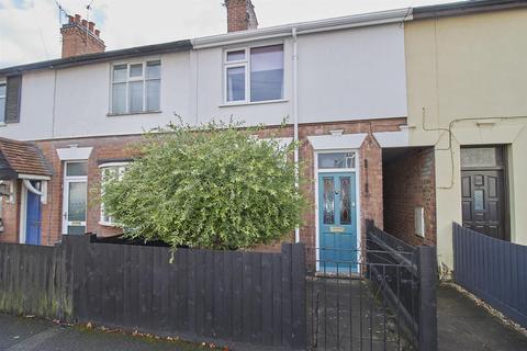 3 bedroom terraced house - Mount Road, Hinckley