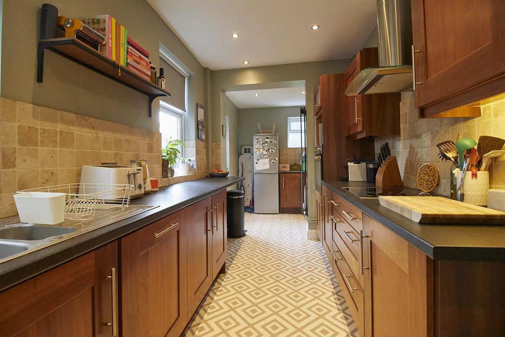 Extended Breakfast Kitchen to Rear
