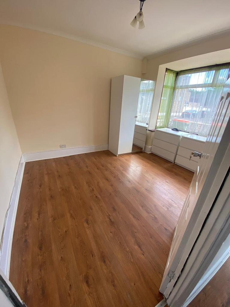 5 bed HMO for rent.