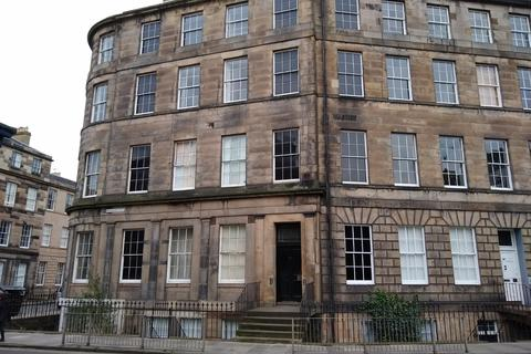 3 bedroom apartment to rent - Hamilton Place, Edinburgh EH3