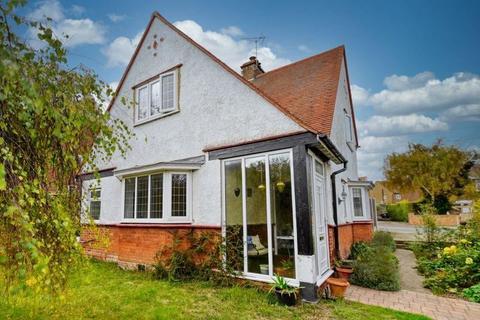 3 bedroom detached house - Ramsgate Road, Broadstairs, Kent, CT10 1PL
