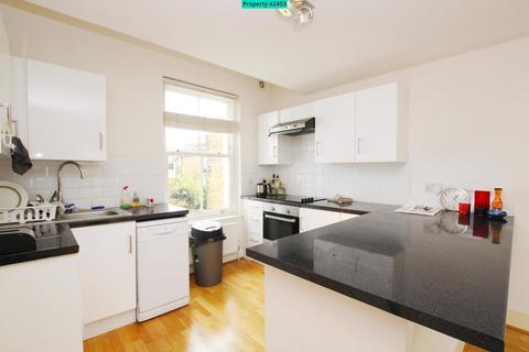 3 bedroom maisonette - Dalberg Road, London, SW2 1AJ