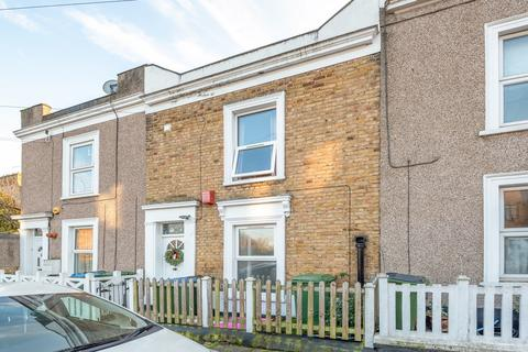 3 bedroom terraced house for sale - Woodville Street, London, SE18