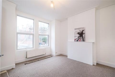 4 bedroom house to rent - Winchester Street, Acton, London, W3