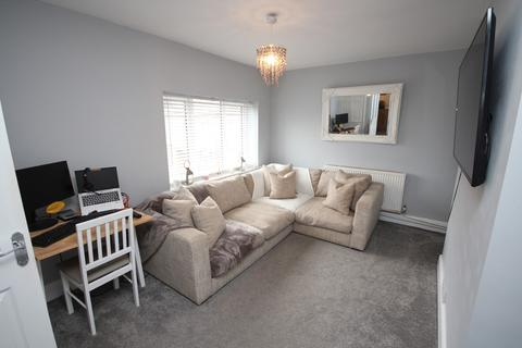 2 bedroom flat for sale - Charminster Place, Bournemouth