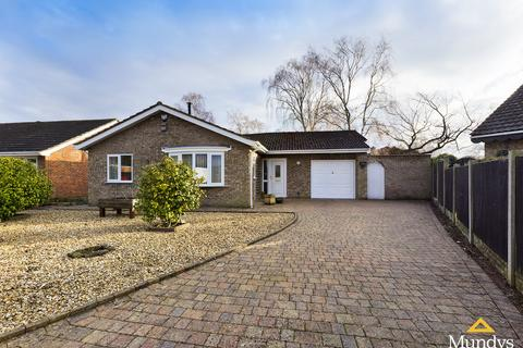 3 bedroom detached bungalow for sale - Malham Close, Lincoln