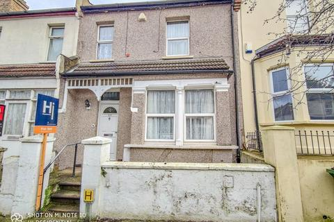 3 bedroom terraced house for sale - Roydene Road, Plumstead