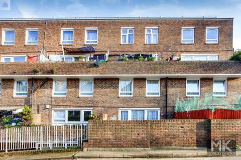 3 bedroom flat for sale - Lipton Road, London, E1 0LJ