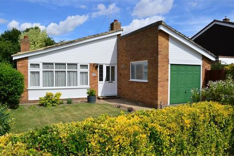 3 bedroom detached bungalow to rent - Flambards Close, Meldreth, Nr Royston, SG8