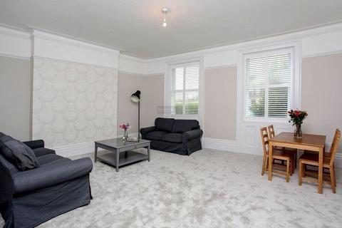2 bedroom flat to rent - Montpelier Crescent, Brighton, BN1