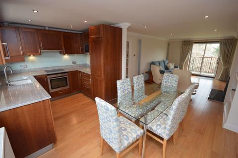 2 bedroom flat - The Weavers, Old Town