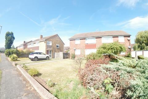 2 bedroom cluster house to rent - Maypole Road, Taplow