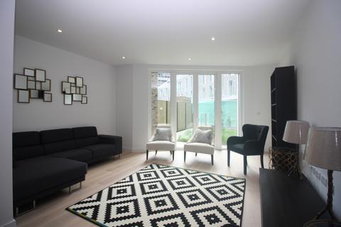 3 bedroom terraced house to rent - Rope Terrace, Royal Wharf, Royal Docks E16