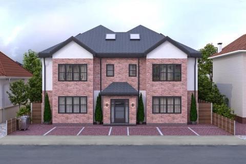 2 bedroom apartment to rent - Avalon Road, Romford, Essex, RM5 3XX