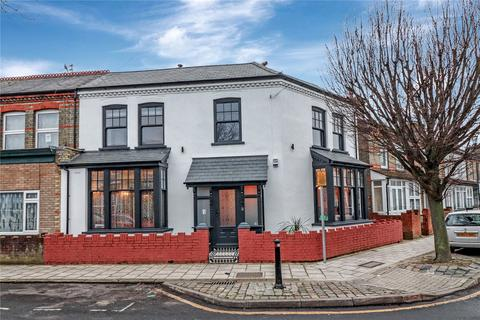 4 bedroom semi-detached house for sale - Oxford Street, West Watford, Watford, Hertfordshire, WD18