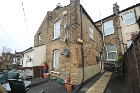 1 bedroom duplex to rent - High Road, Leytonstone E11