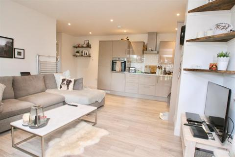 1 bedroom apartment - Westdene Drive, Brighton