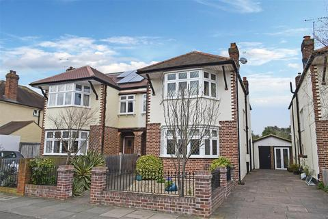 4 bedroom semi-detached house for sale - Carlisle Road, Hampton