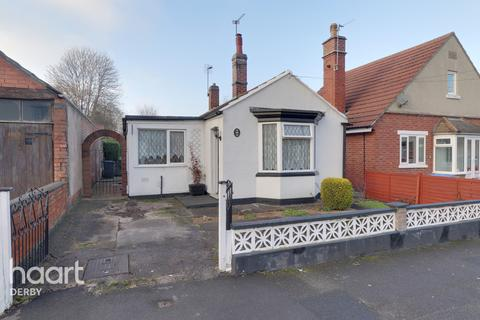 2 bedroom detached bungalow for sale - Slater Avenue, Derby