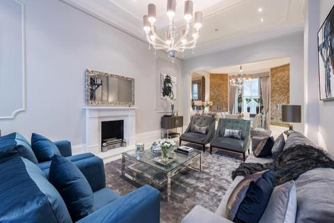 3 bedroom flat to rent - Gloucester Square, London, W2