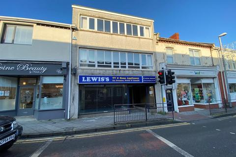 Retail property (high street) to rent - Alexandra Road, Gorseinon, Swansea