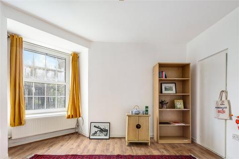4 bedroom flat for sale - Wheler House, Quaker Street, London, E1