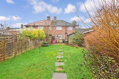 3 bedroom semi-detached house for sale - New Farthingdale, Dormansland, Lingfield, Surrey