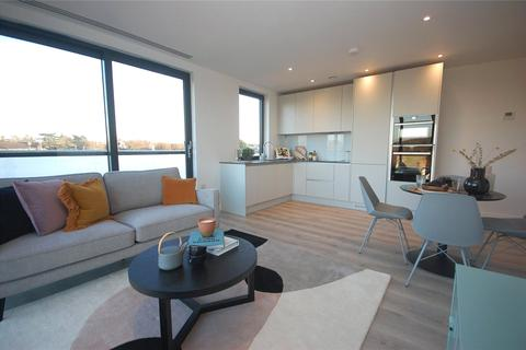 2 bedroom penthouse for sale - Cranmer Court, Wickliffe Avenue, Finchley, N3