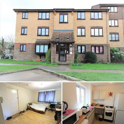 Studio for sale - Conway Gardens, Grays, RM17