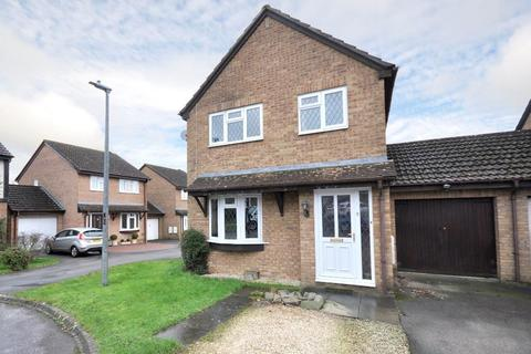 3 bedroom link detached house for sale - Hayward Close, Pewsham, Chippenham, Wiltshire, SN15 3FA