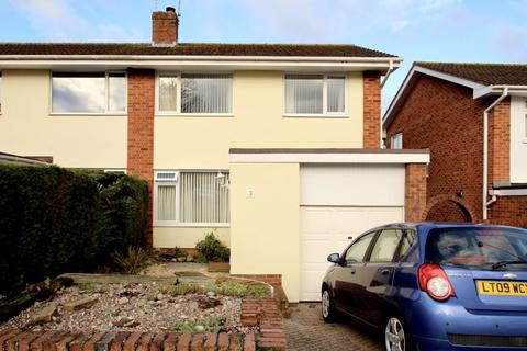 3 bedroom semi-detached house to rent - Guys Road, Exeter