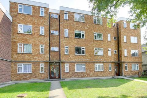 1 bedroom flat - Hillboro Court, 104 Hainault Road, Leytonstone