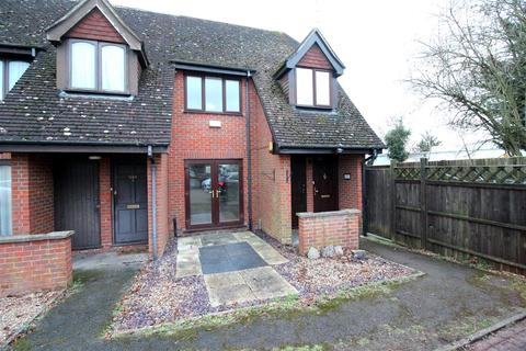 2 bedroom terraced house - Watford Road, St. Albans