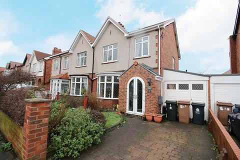 3 bedroom house - Dale Road, Whitley Bay