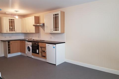 1 bedroom flat to rent - High Street, Strood, Rochester