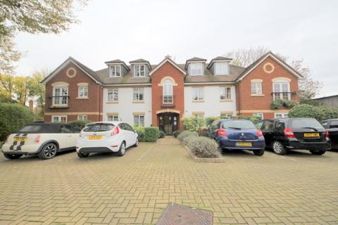 2 bedroom apartment to rent - OVER 60S ONLY. Green Lanes, London, N21