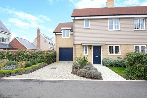 3 bedroom semi-detached house to rent - Joseph Prentice Way, Springfield, Chelmsford, CM1