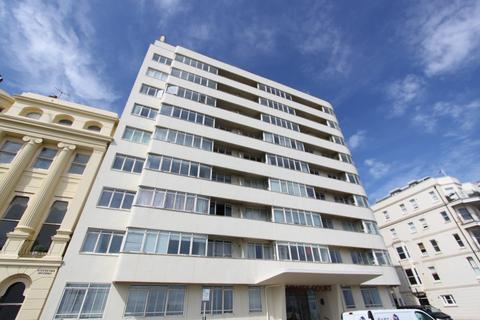 3 bedroom flat for sale - Embassy Court , Kings Road , Brighton  BN1
