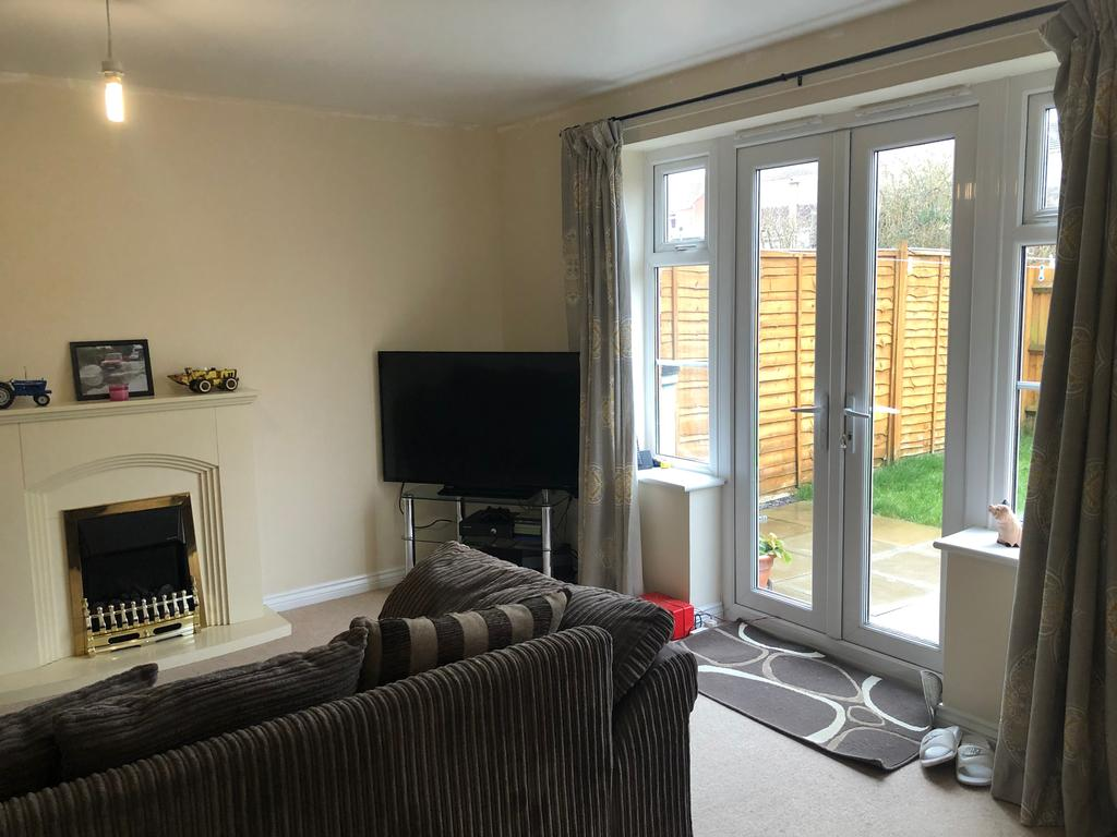 Sitting Room Pic A