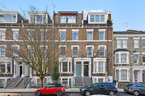 2 bedroom flat - Gratton Road, Brook Green, London, W14