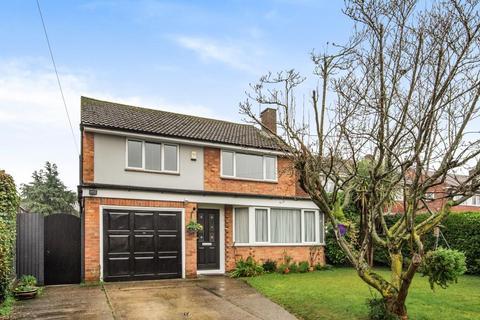 4 bedroom detached house for sale - Taplow,  Berkshire,  SL6