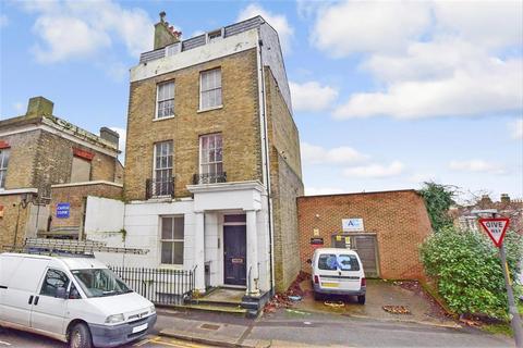 1 bedroom ground floor flat for sale - Castle Hill Road, Dover, Kent
