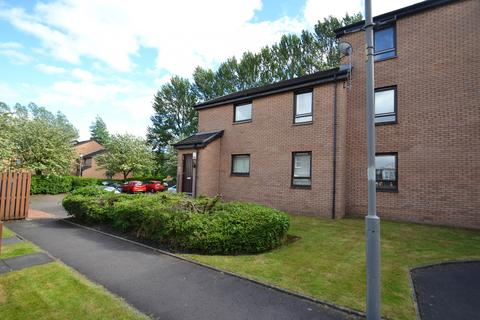 2 bedroom flat - Nutberry Court, Crosshill, G42