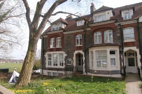 Studio to rent - Mount View Road,  London,  N4