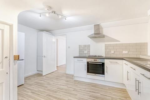 2 bedroom flat - Falmouth Road, Borough, London, SE1
