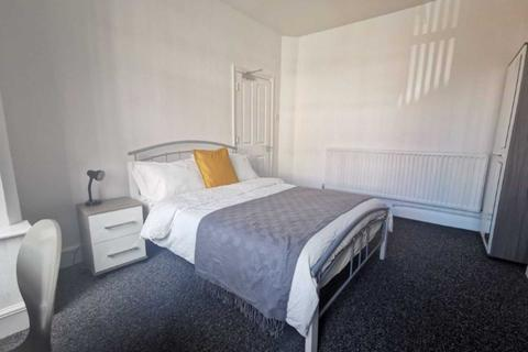 6 bedroom house to rent - Hollis Rd, Coventry