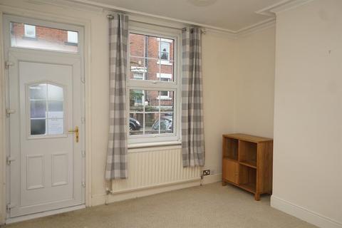 3 bedroom terraced house - Ratcliffe Road, Sharrow, S11 8YA