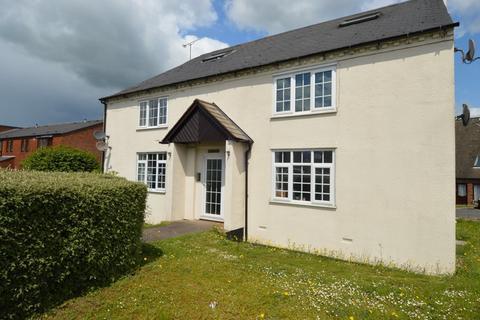 1 bedroom ground floor flat - Bryans Lane, Rugeley